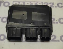 KAWASAKI Z 800, ZR 800 13 15  RELAY CENTER 27002-0025