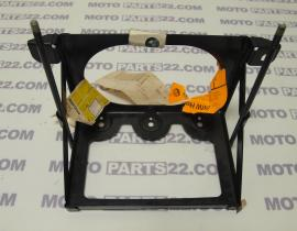 BMW R 100 RT RS 2474,  R 60  2476,  R 80 2477 ... BATTERY HOLD DOWN   61 21 1 233 076 /  61211233076